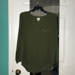 H&M blouse in hunter green